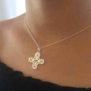 ✨Sterling Silver Cross Necklace✨